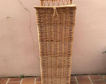 Vintage LARGE French Wicker ratan BAGUETTE BREAD Basket kitchen 0506177