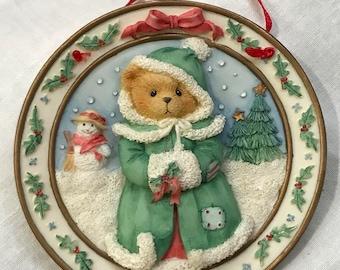 Enesco Cherished Teddies 1996 The Season of Joy Sculpted Plate Hanging Ornament