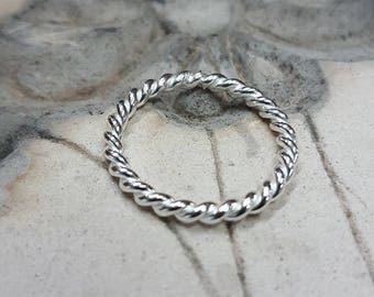 Sterling Silver Twist Wire Band