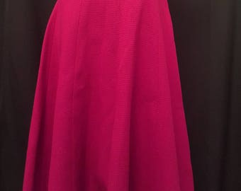 Vintage 50s VERMONT NATIVES INDUSTRIES All Wool Beautiful Red Full Circle Skirt