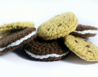 Crocheted Cookies and Oreos (pack of 6) Play food - Learning - Educational toys- Biscuits- Knitted- Preschool - Nursery - Teething