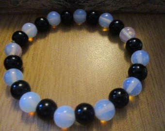 Moonstone and Black Onyx Gemstone Bracelet
