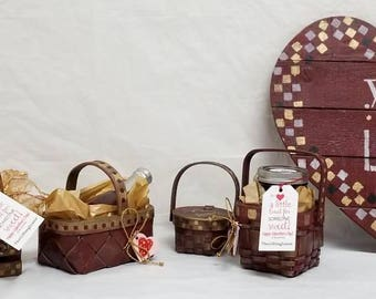 Four (4) Small Wooden Caddies and Baskets BARN RED