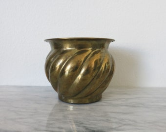 Brass Plant Decor, Vintage Brass Planter, Boho Plant Pot, Hippie Plant Decor, Jungalow Planter, Succulent Planter, Jungalow Decor Houseplant