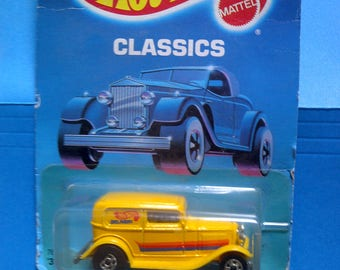 Hot Wheels 1932 Ford Delivery new on card