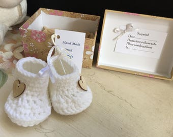 baby reveal, gender reveal,baby shoes, footwear, new baby, baby shower, hand crocheted