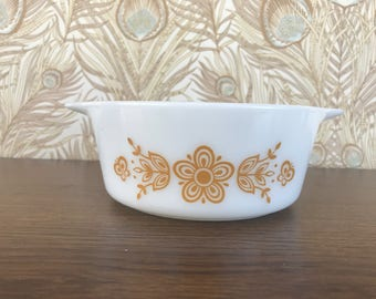 Vintage Pyrex 1.5 pt Butterfly Gold Without Lid, Pyrex Butterfly Gold 472, Pyrex Butterfly Gold 1 1/2 Pint