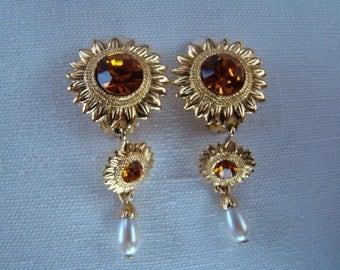 BOB MACKIE Sunflower Clip Earrings