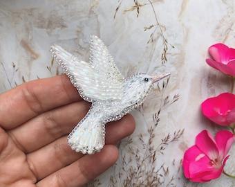 White Hummingbird Pin / Pendant - Embroidered Hummingbird - Embroidered brooch - Embroidered Hummingbird pin - Bird pendant - Beaded brooch