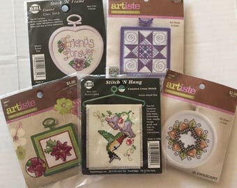 Mini Cross Stitch/lot of 5/mini kits/quick and easy/learn to cross stitch/