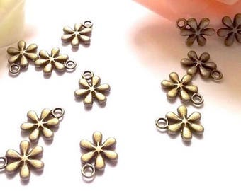 Accessory flower charms 10 bronze 13 x 11 mm