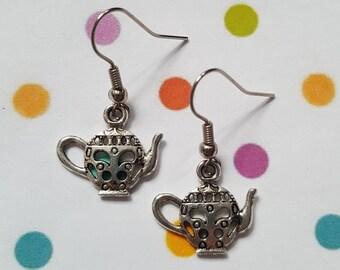 Teapot earrings, Teapot jewellery, Dangle earrings, Vintage teapot, Teapot, Tea party, Whimsical jewellery, Tea drinker gift, Vintage style