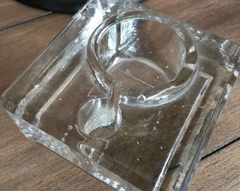 Vintage velo glass inkwell