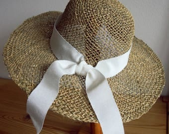 Straw hat Seagrass with white rips