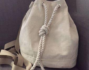 Fully customizable shoulder bucket bag