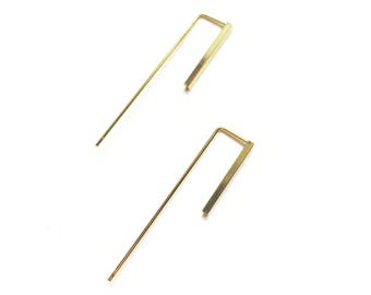 JUPITER earrings gilded with gold style sleek, simple, geometric, architectural, structured.