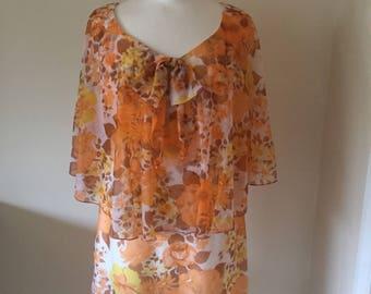 Vintage 1960s flower print dress