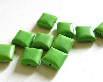 Set of 5 square green howlite beads