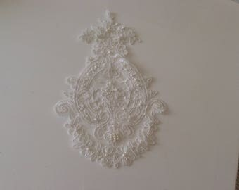 Lace applique with off white pearls 18 * 28 cm
