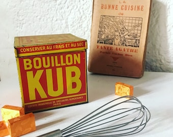 Box metal from KUB. 1940's / 1950's. french vintage. Kitchen decoration. Vintage.