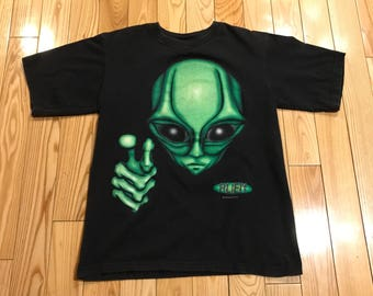 Vintage Alien T-shirt Huge graphics Size Large unisex Mint condition 1996' unisex E.T. Big logo tee