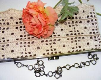 Crochet Bag Frame Metal frame Elegant handbag clatch  Kiss lock handbag Metal frame purse A little bag  Handbag vintage style Color old lace