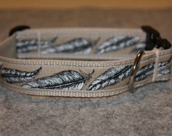 "Dog collar ""feathers"" beige"