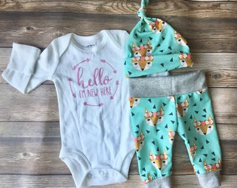 Flower Crown Fox Newborn Outfit, Coming Home Outfit, Going Home Outfit, Fox Theme, Newborn Girl Outfit, Floral Fox, Flower Crown, Newborn