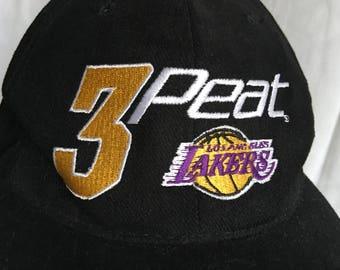 Vintage Los Angeles Lakers three peat cap-3-peat