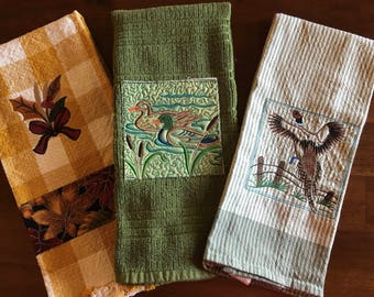 Nature Theme Embroidered Kitchen Towel Set