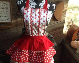 Flirty rockabilly  vintage  ruffled apron