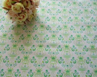 Fat quarter green cotton fabric - quilting, patchwork,