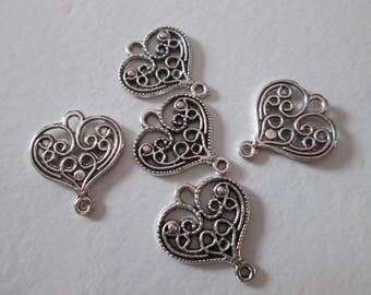 10 21 x 18 mm silver heart connectors