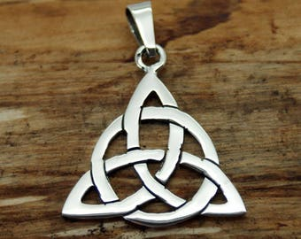 Silver Plated Celtic Triangle Pendant with Free Chain (TP-003)