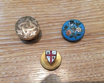 3 LAPEL BUTTONHOLE BADGES