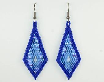 Gradient Blue Kite-Shaped Beaded Earrings