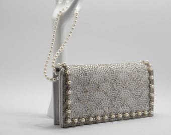 "Clutch in light gray, evening clutch, wedding clutch, made unique by remodelling, pearl-wrist handle, stylish and beautiful, ""La traviata"""