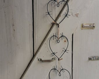 Barbed wire heart/4 St. - black -.