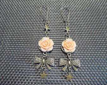 "Earrings ""Flower"" bronze and resin"