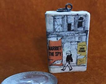 Miniature book -- Harriet the Spy -- Charm / Pendant