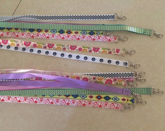 Lanyard for cgm or pump to hold around neck