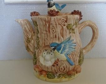 Leonardo Blue Tit Teapot, Novelty Teapot, Ceramic Teapot, Figurine Teapot, Decorative Teapot, Teapot Collector, Vintage Teapot