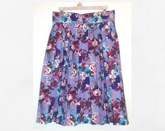 Lilac Dreams button up pleated Skirt