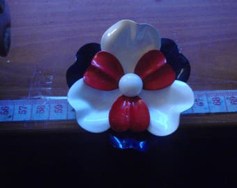 flower 1950 to 70s brooch vintage huge