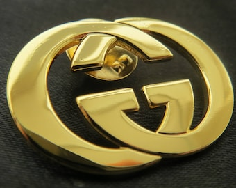 Goldtone GUCCI Staff Brooch Lapel Pin for Bag Badge Logo Designer Jewelry