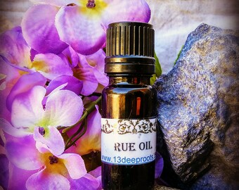 Rue Oil - Hoodoo, Voodoo, Wicca, Pagan