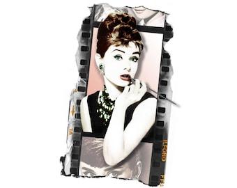 T-SHIRT: Audrey Hepburn / Breakfast At Tiffanys - Classic T-Shirt & Ladies Fitted Tee - (LazyCarrot)