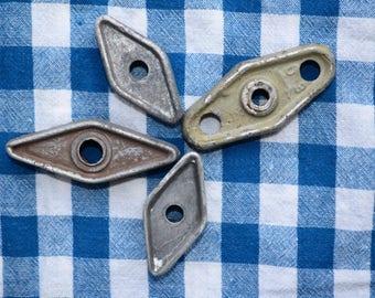 4 Vintage faucets Metal Spigot Water Tap Handle Knob valve handles Faucet Knobs Industrial decor