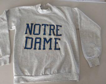 Notre Dame big logo vintage gray sweatshirt Large fighting Irish