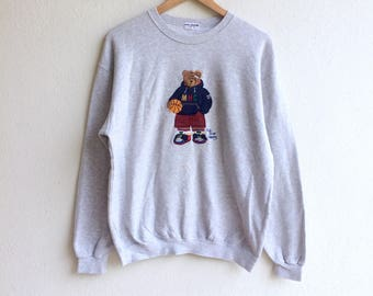 Mhc! The famous MIKI HOUSE COLLECTION big logo embroidery sweatshirt gray colour medium size